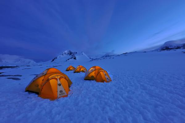 Hurtigruten - Amundsen Night - Tents in Dorian Bay