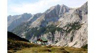 Innsbruck – Stadturlaub und in einer urigen Berghütte übernachten… In welcher Stadt kann man auf einer echten Berghütte übernachten? Innsbruck bietet die Annehmlichkeiten eines Städtetrips inklusive authentischem Hüttenerlebnis. Während man […]