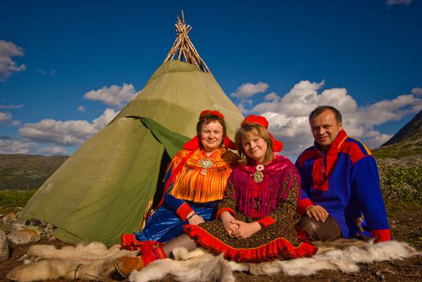 Hurtigruten - Sami Familie in der Finnmark