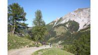 Fürstentum Liechtenstein – Himmlisch wandern im Herbst… Das Fürstentum Liechtenstein überrascht im goldenen Herbst mit einzigartigen Wanderungen in die intakte Bergwelt, Insider-Biketouren und urigen Genuss-Touren. Insbesondere die Wildwochen in den […]