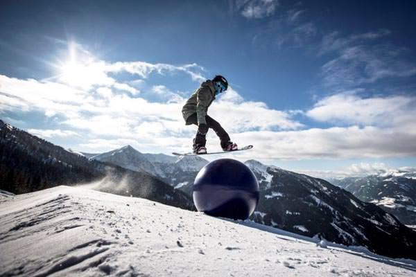 Millstaetter See - Skikarussell und Skispass