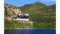 Österreichischer Alpenverein – In 2013 wurde 4x das Umweltgütesiegel für Alpenvereinshütten vergeben… Effiziente Energienutzung, Wasserschutz oder umweltgerechte Abfallentsorgung sind nur einige der Kriterien, die die Hütten des Oesterreichischen Alpenvereins (OeAV) […]