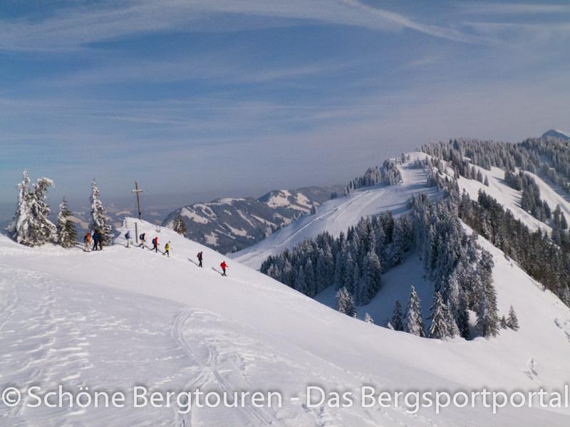 Scheeschuhwandern - Abstieg am Falken