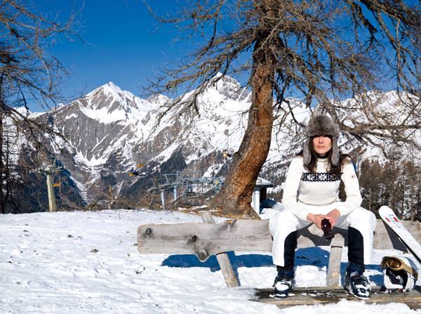 Skigebiet Grossglockner Skiresort Kals-Matrei - Dame im Schnee