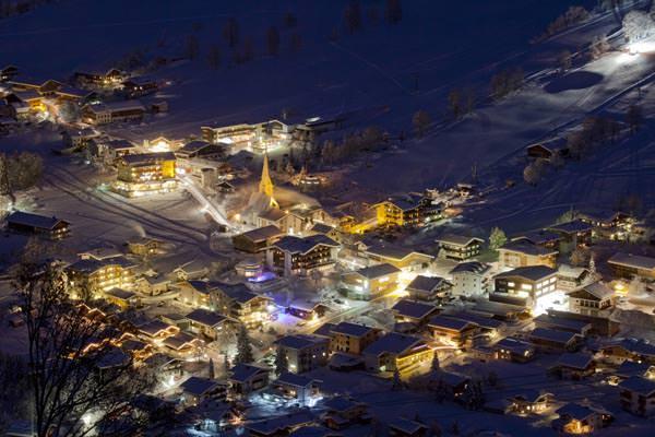 Wildschoenau - Niederau bei Nacht