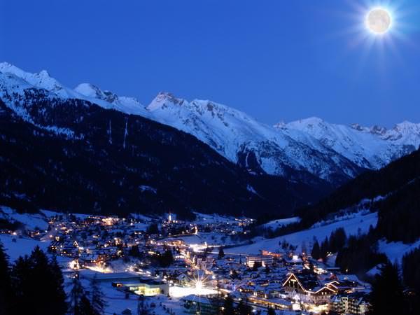 St Anton am Arlberg - St Anton bei Nacht