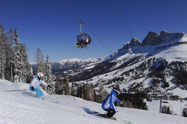 Carezza Ski - Skifahrer am Pra di Tori
