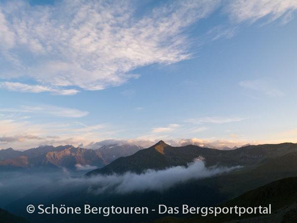 11 Gipfel Tour 2013 - Blick zur Amperspitze