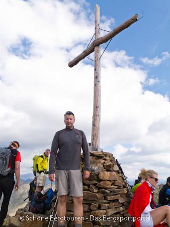 11 Gipfel Tour 2013 - am Gipfelkreuz der Rotwand