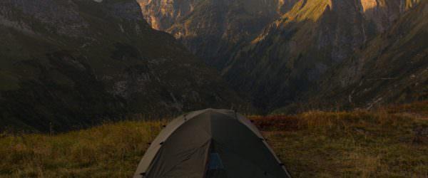 Österreichischer Alpenverein – Zelten und Biwakieren im Gebirge… Rechtliche Rahmenbedingungen für das Übernachten in den Bergen Wer in Österreichs Bergen campieren will, findet sich in einem Paragraphendschungel wieder. Freiheitsliebende Wanderer […]