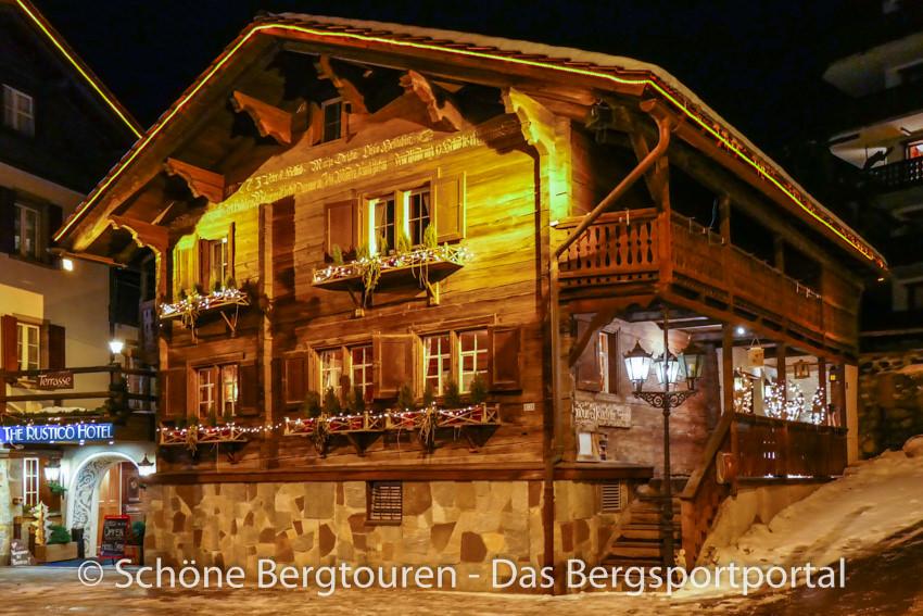 Davos Klosters - Fondue Chalet Praettiger Hueschi