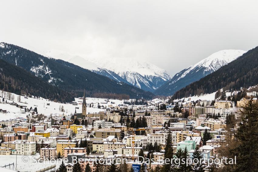 Waldhotel Davos - Ausblick ueber Davos