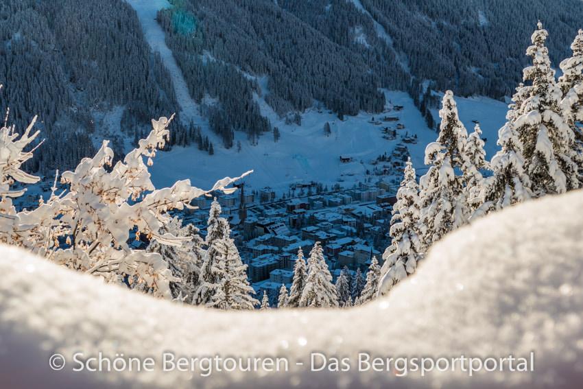 Davos Klosters - Blick hinab nach Davos