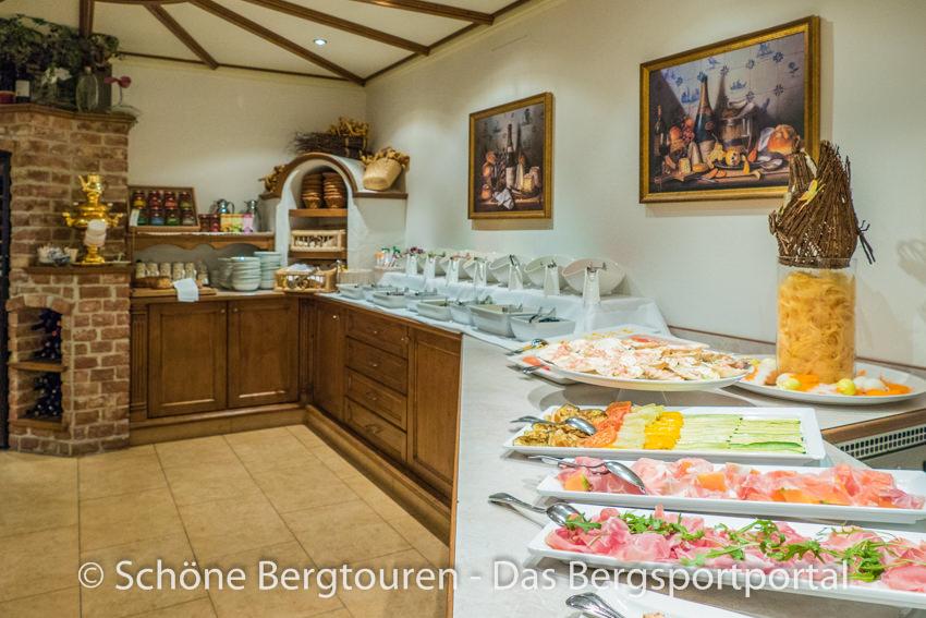 Hotel Magdalenahof - Reichhaltiges Vorspeisenbuffet
