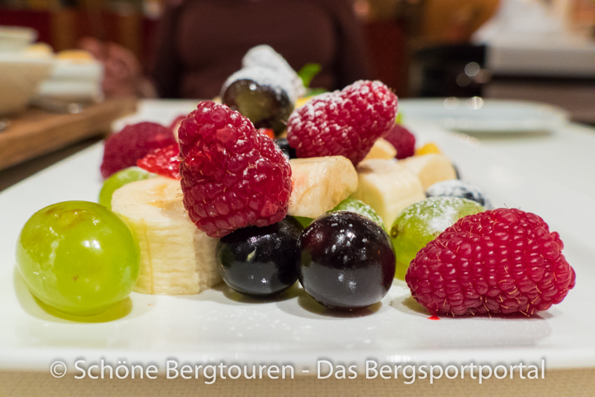 Hotel Magdalenahof - Obstplatte zum Schokoladenfondue