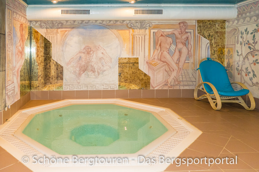 Hotel Kreuzbergpass - Whirlpool