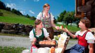 Embach – Das größte Bauernhofdorf Salzburgs – Sommerurlaub für Naturverliebte… Glasklare Gebirgsbäche, saftig grüne Wiesen und der Duft von bunten Blumenwiesen wie bei Heidi auf der Alm. Im idyllischen Bauernhofdorf […]