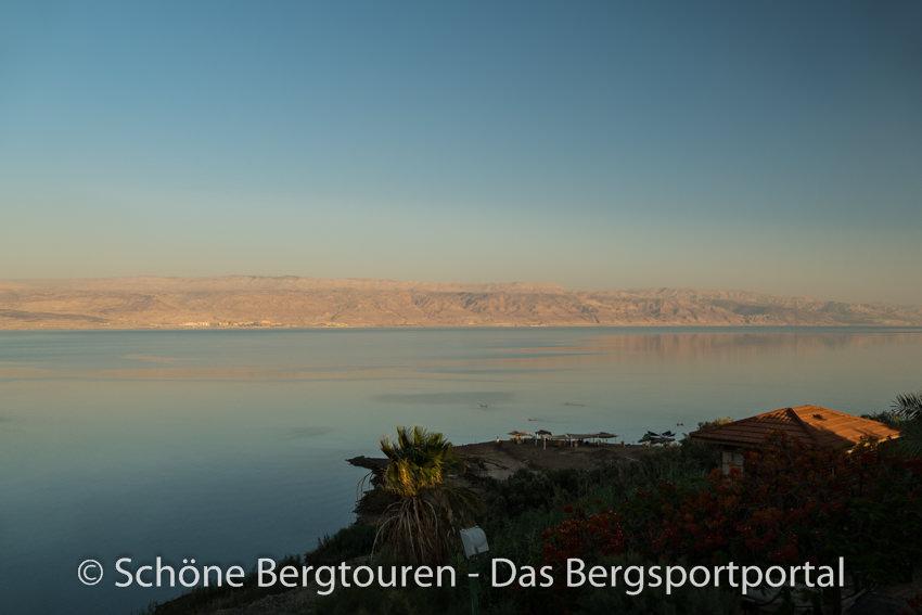 Israel - Abenddaemmerung Totes Meer