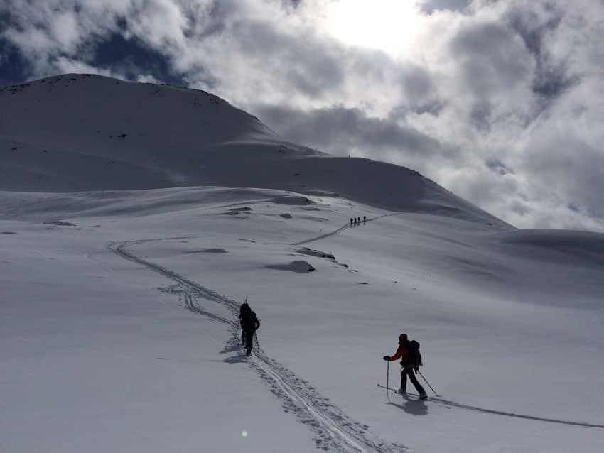 Bergauf-Bergab - Weite Schneelandschaft am Vanatsch