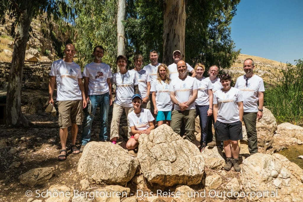 Israel - Gruppenfoto im Wadi Qelt