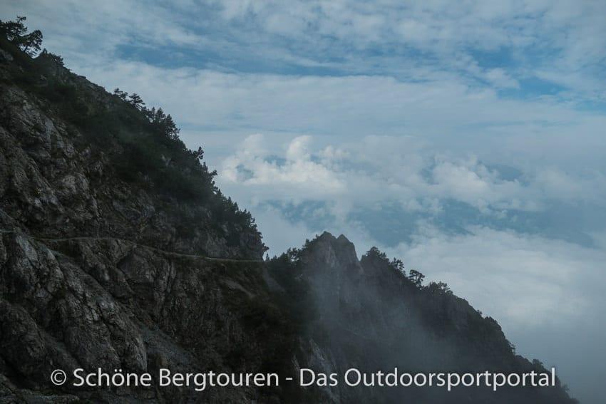 Fuerstentum Liechtenstein - Auf dem Fuerstensteig