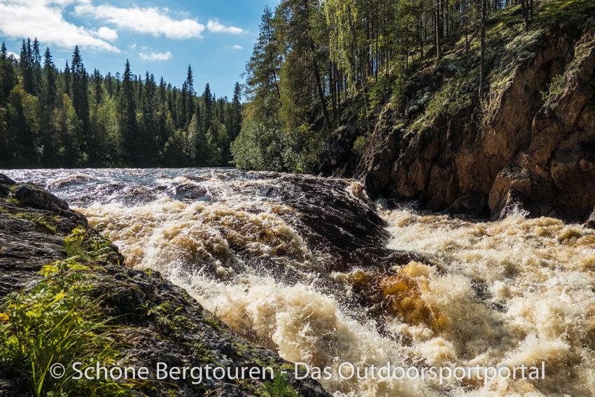 Finnland - Kiutakoengas Wasserfaelle