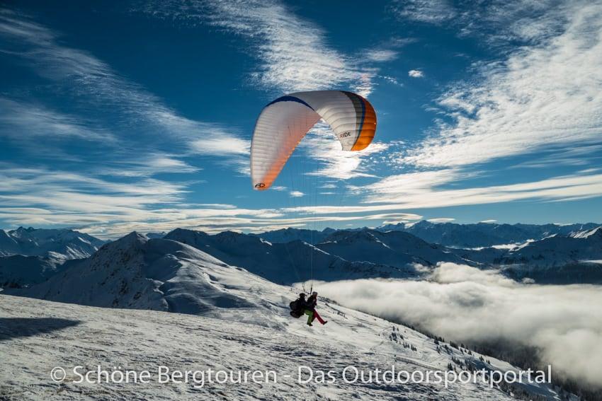 Story Base 2017 - Paragliding