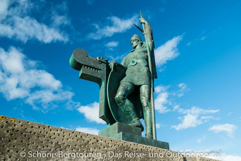 Island - Denkmal von Ingolfur Arnarson