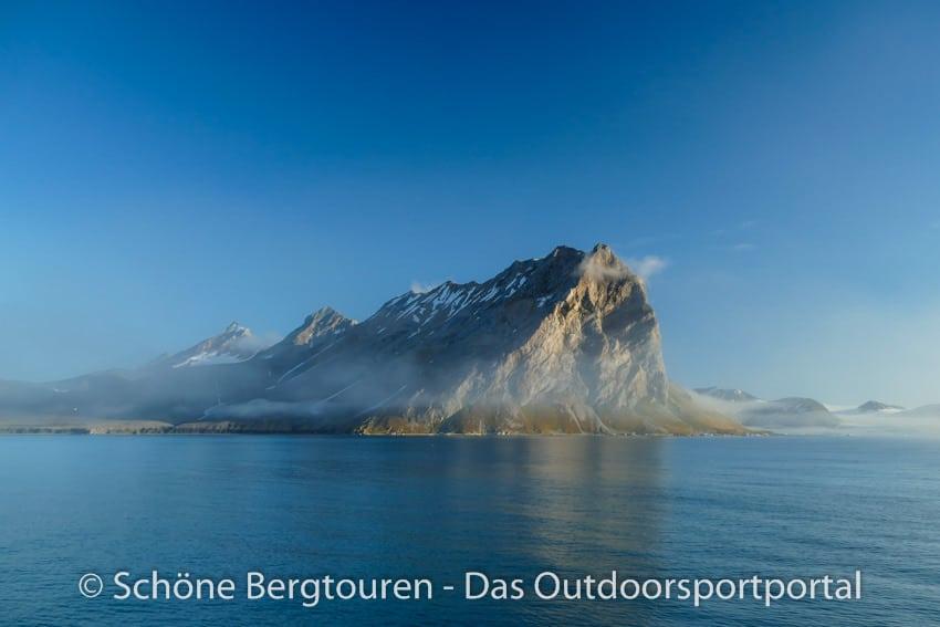 Spitzbergen - Vogelfelsen Gnalodden