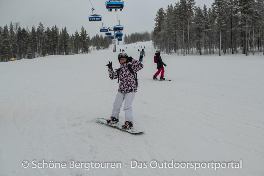 Levi in Lappland - Snowboard fahren