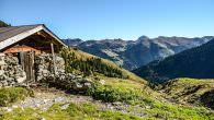 Erleben Sie Tirols erfolgreichsten Newcomer unter den Weitwanderwegen, den Kitzbüheler Alpen Trail kurz KAT Walk genannt. Die grünen Grasberge in Tirol bieten unvergessliche Abenteuer. Erleben Sie magische Momente in Tirol! […]