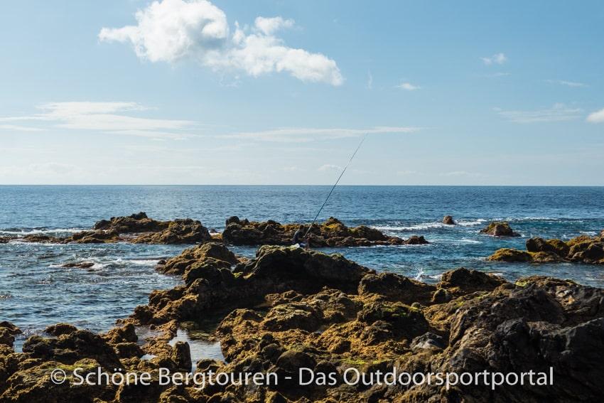 Teneriffa - Fischer an der Kueste