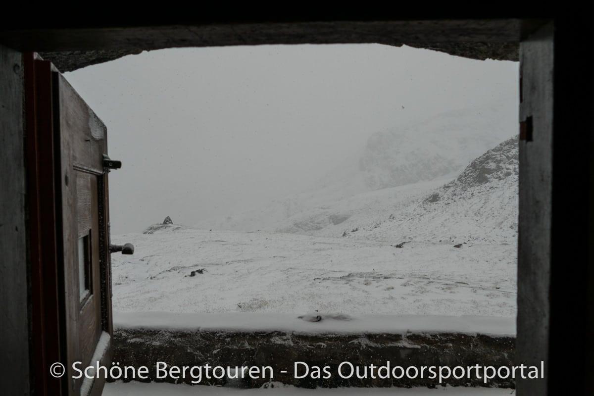 Kesch-Trek - Blick auf Winterlandschaft