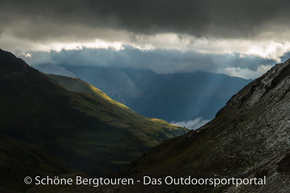Kesch-Trek - Blick ins Tal