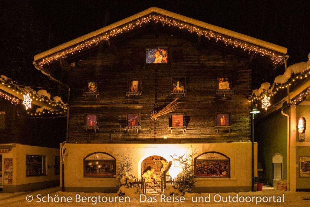 Grossarltal - Krippenhaus mit Adventskalender