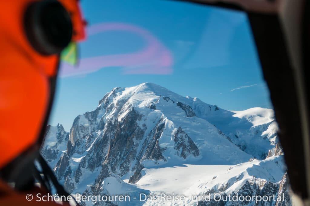 Mont Blanc Rundflug - Blick zum Mont Blanc