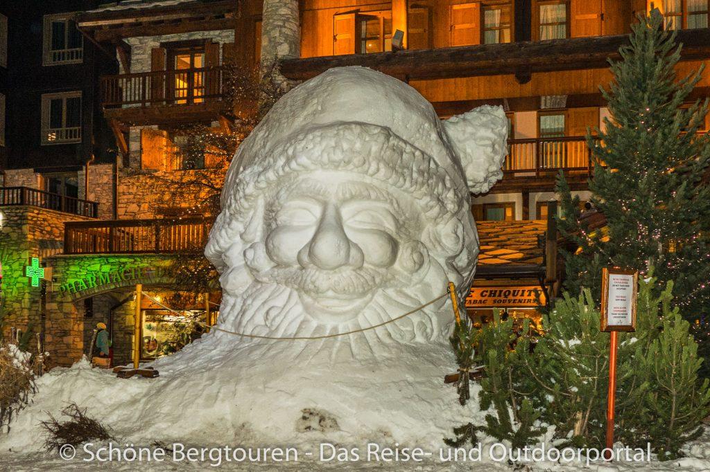 Val d Isere - Schneeskulpturen