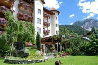 Almhof Hotel Call - Sommeransicht