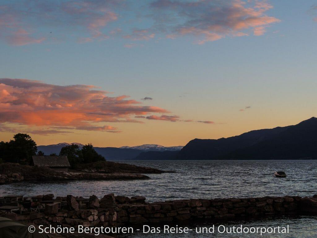 Fjord Norwegen - Aussicht vom Lothe Camping