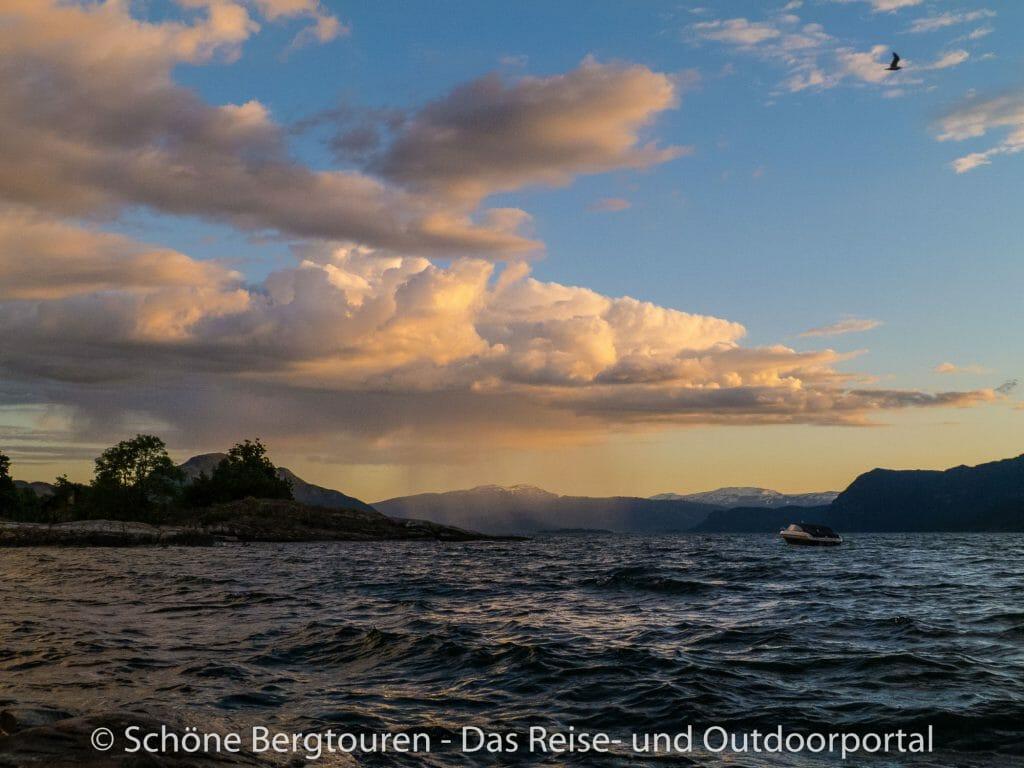 Fjord Norwegen - Blick über den Indre Samlafjord