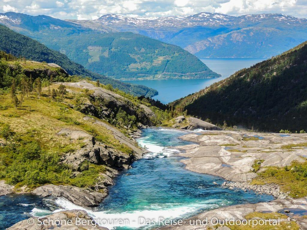 Fjord Norwegen - Blick zum Sorefjord