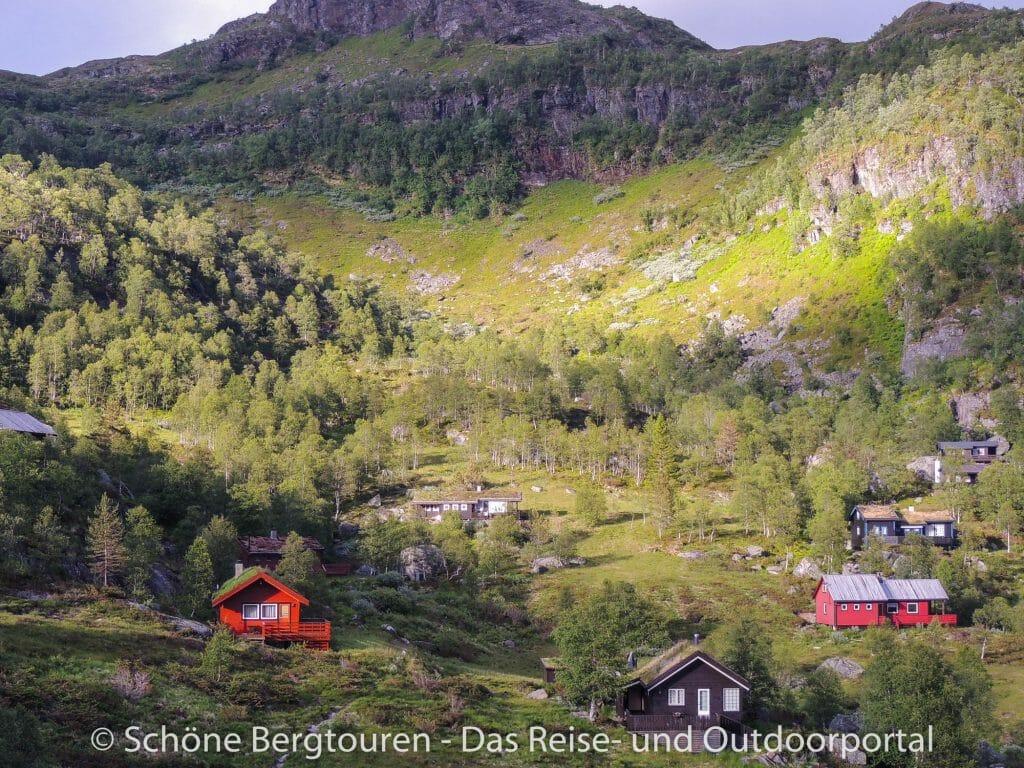 Fjord Norwegen - Idyllische Häuser