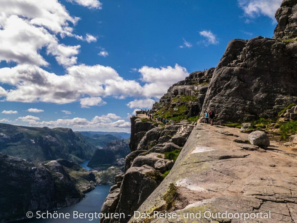 Fjord Norwegen - Kurz vor dem Preikestolen