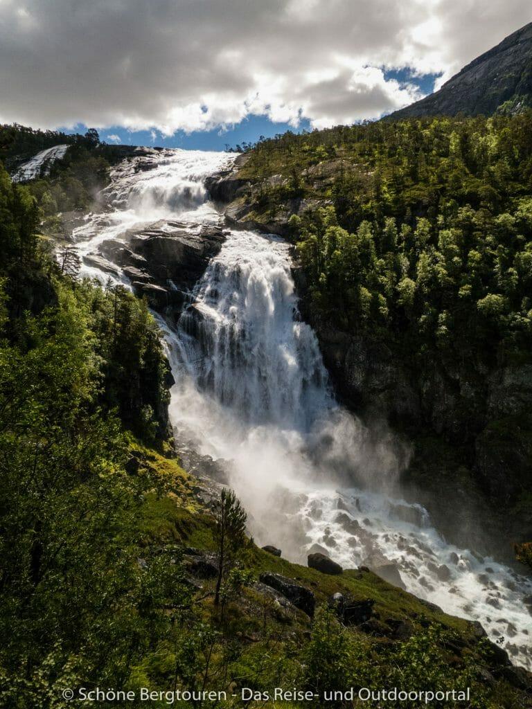 Fjord Norwegen - Nyastolfossen