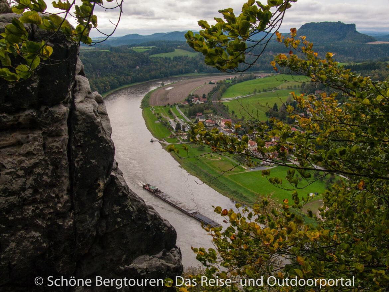 Elbsandsteingebirge - Blick von der Basteibrücke