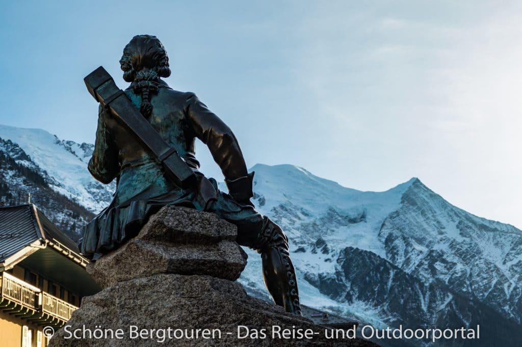 Chamonix - Jacques Balmat Statue