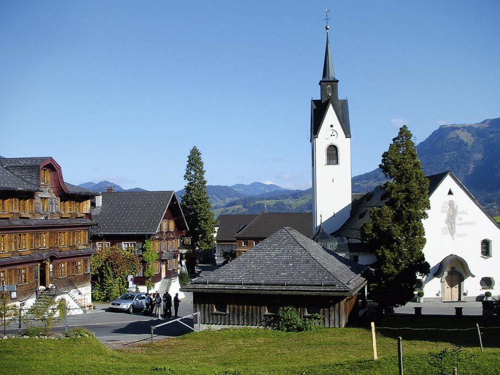 Wanderbuch Bregenzerwald - Blick auf Schwarzenberg