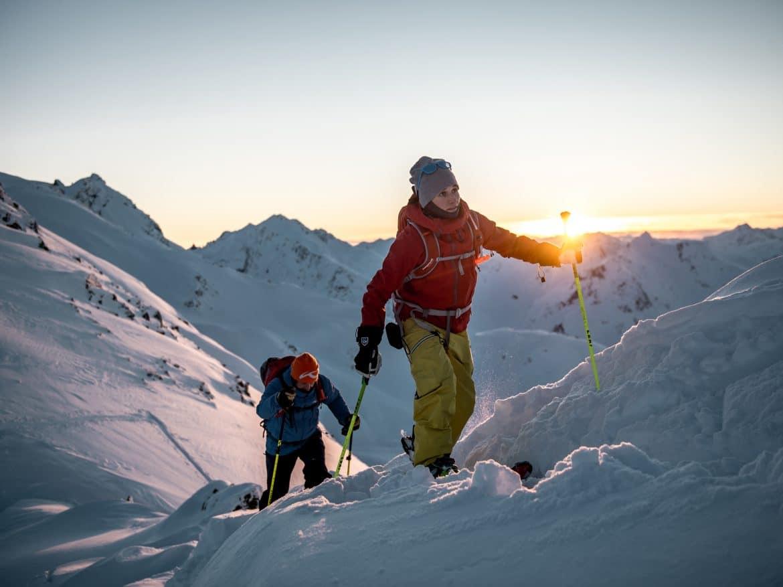 Bergwelten - Nadine Wallner - Tiefschnee am Arlberg