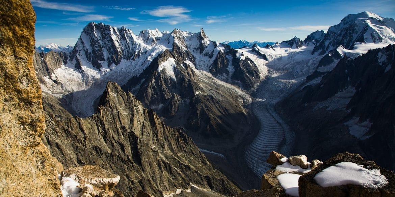 Bergwelten - Nordwaende - Grandes Jorasses mit Mont Blanc Massiv