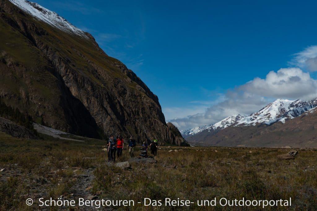 Khan Tengri Trekking - Trekking im Inyltschek Tal